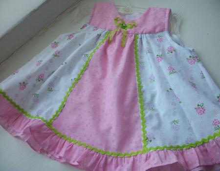 """Платье """"Розовые розы"""" ручной работы на заказ"""
