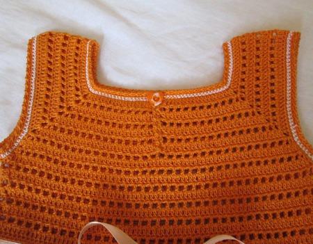 Платье с рюшами для маленькой модницы ручной работы на заказ