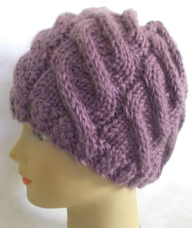 Зимняя вязаная шапка ручной работы на заказ