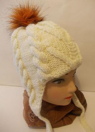 Зимняя шапочка для девочки ручной работы на заказ