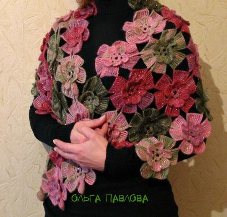 """Палантин вязаный """"Облако цветов"""" ручной работы на заказ"""
