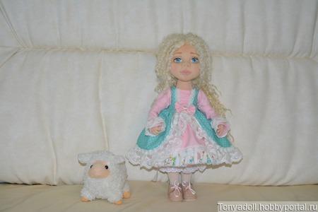 Авторская интерьерная текстильная кукла ручной работы на заказ