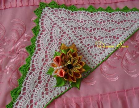 Косынка со съёмными цветами ручной работы на заказ