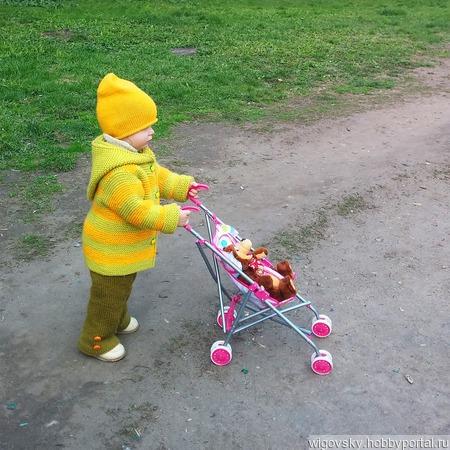 """Детский кардиган """"Яблочки"""" ручной работы на заказ"""