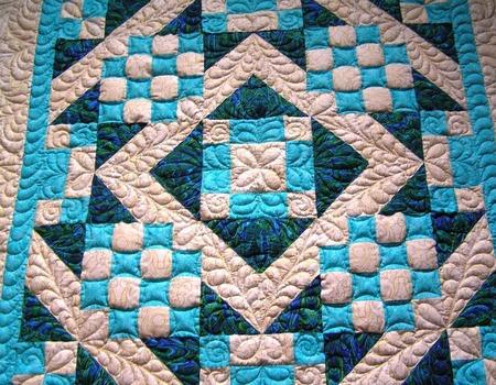 """Детское лоскутное одеяло""""Сине-голубое"""" ручной работы на заказ"""