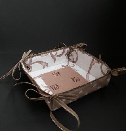 Конфетница, хлебница-сухарница ручной работы на заказ