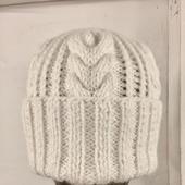 """Вязаная шапка """"Снежный уют"""""""