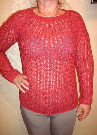 Вишневый пуловер ручной работы на заказ