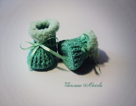Пинетки мятного цвета для новорожденных малышей ручной работы на заказ