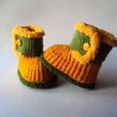 Пинетки-сапожки желтые для девочки