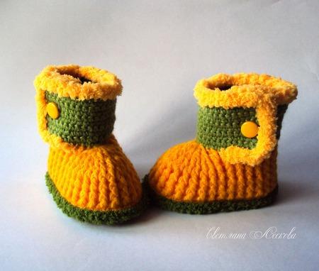Пинетки-сапожки желтые для девочки ручной работы на заказ
