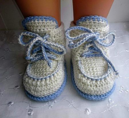 Пинетки вязаные ботиночки на шнуровке ручной работы на заказ