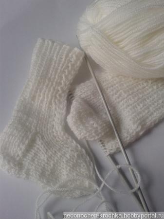 Комплект носочки и шапочка для новорожденных ручной работы на заказ