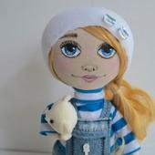 Кукла-морячка в тельняшке