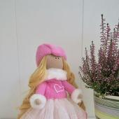 Текстильная кукла в розовом
