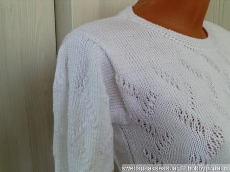 Пуловер вязаный с элементами ажура ручной работы на заказ