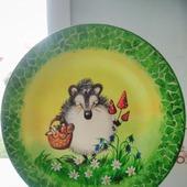 """Декоративная тарелка """"Забавный ёжик"""""""
