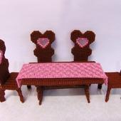 Вышитая мебель для кукол