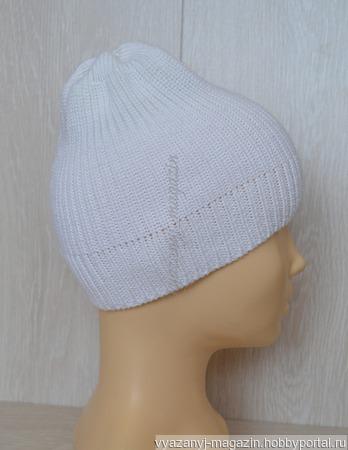 Шапка белая с вышивкой для девочки ручной работы на заказ