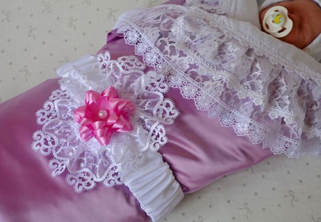 """Одеяло для новорожденного. Одеяло на выписку """"Лепесток орхидеи"""" ручной работы на заказ"""