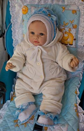 """Шапочка и пинетки.Вязанный  комплект для новорожденного """" Мишель"""" ручной работы на заказ"""