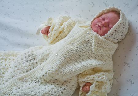 """Вязанный комплект .Конверт и шапочка для новорожденного """"нежные момент ручной работы на заказ"""