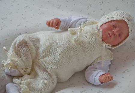 Комплект на выписку для новорожденного комбинезон,жакет,шапочка ручной работы на заказ