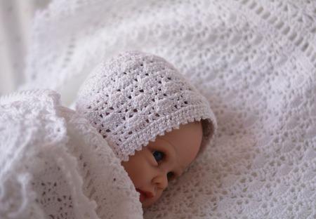 Шапочка  для новорожденного ручной работы на заказ