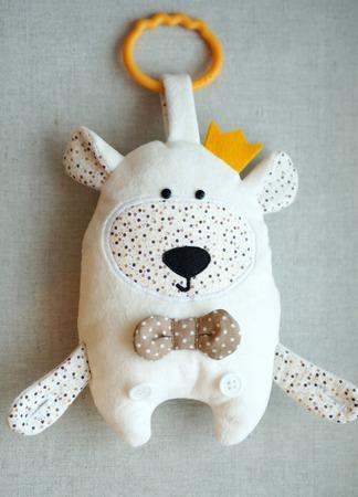 """Сенсорная игрушка """"Белый Мишка"""" ручной работы на заказ"""
