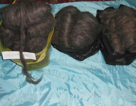 Козий пух серый, ленточкой (готовый для прядения) ручной работы на заказ