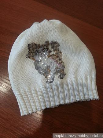 Хлопковая шапочка с авторским декором из страз р. 50-52 ручной работы на заказ