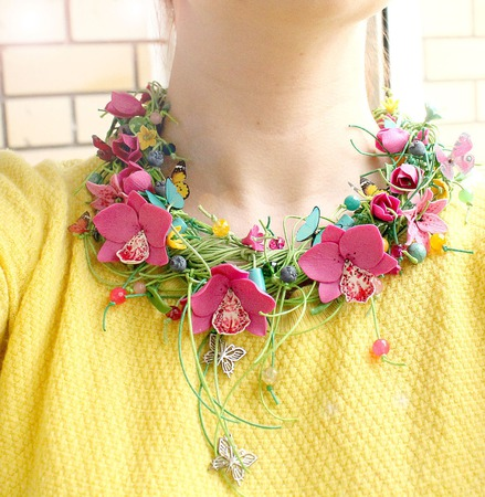 """Колье """"Madgenta Orchid"""" с цветами из полимерной глины ручной работы на заказ"""