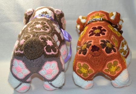 Бульдоги Гай и Ричи. Африканский цветок ручной работы на заказ