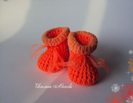 Пинетки оранжевые для девочки ручной работы на заказ