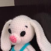 Зайчишка в штанишках