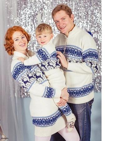 Свитер и платье вязаные с оленями и норвежским орнаментом ручной работы на заказ