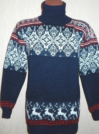 Свитер вязаный с оленями и норвежским орнаментом ручной работы на заказ