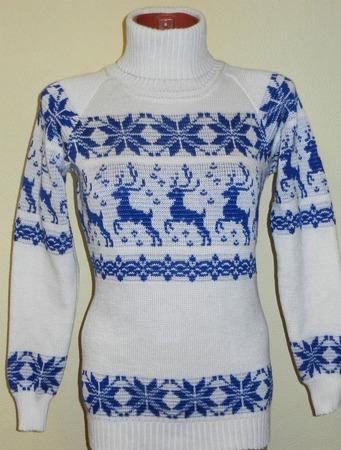 Свитер вязаный  с оленями и норвежским орнаментом Снежный ручной работы на заказ