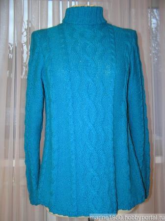 Голубой свитер с косами ручной работы на заказ