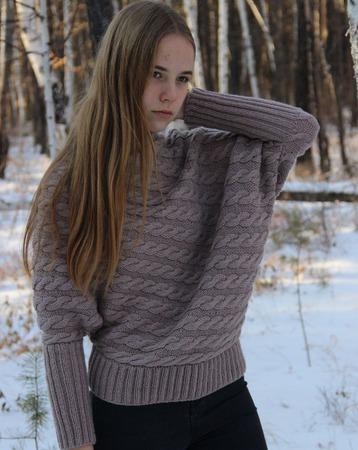 """Асимметричный пуловер """"Кофе с молоком"""" ручной работы на заказ"""