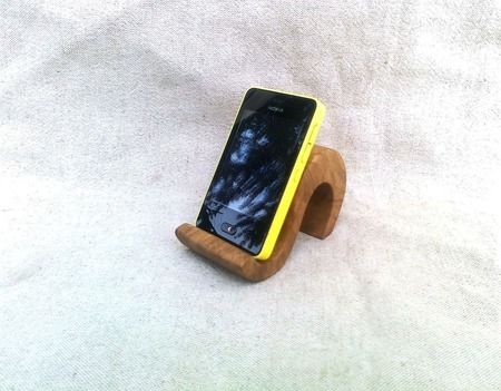 Подставка под телефон ручной работы на заказ