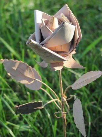Роза из бересты ручной работы на заказ