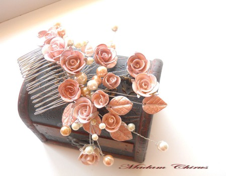 Роскошный гребень с перламутровыми розами ручной работы на заказ