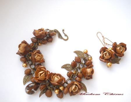 Браслет и серьги винтажном стиле Кофе и розы ручной работы на заказ