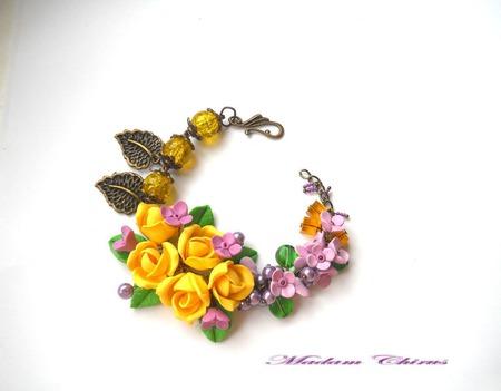 Комплект с желтыми розами и сиренью Весенний ажур ручной работы на заказ