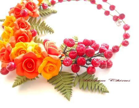 Осеннее колье с розами и калиной Калиновая осень ручной работы на заказ