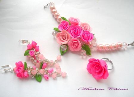 Комплек украшений с жемчугом Восточная роза Лориданна ручной работы на заказ