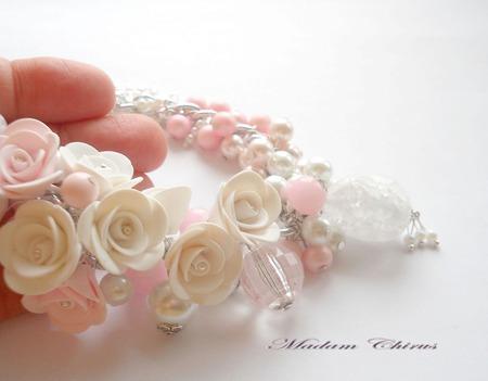 Браслет с жемчугом Бело -розовый ручной работы на заказ