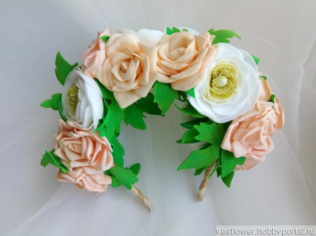 Ободок для волос с цветами из фоамирана ручной работы на заказ