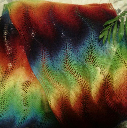 Палантин из кауни (радуга) ручной работы на заказ